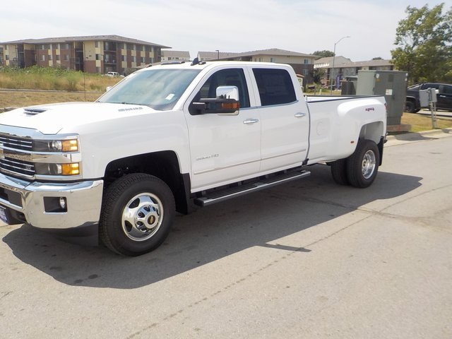 2019 Silverado 3500 Crew Cab 4x4,  Pickup #D4926 - photo 10