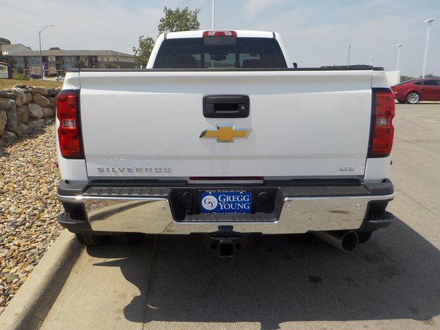 2019 Silverado 3500 Crew Cab 4x4,  Pickup #D4926 - photo 4