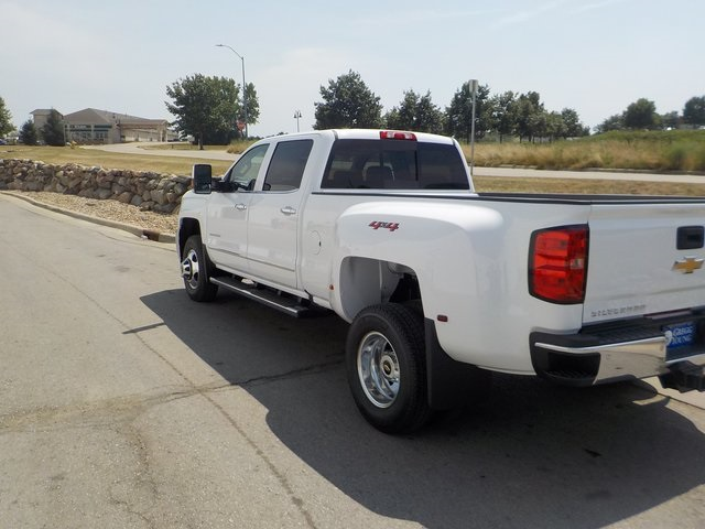 2019 Silverado 3500 Crew Cab 4x4,  Pickup #D4926 - photo 8