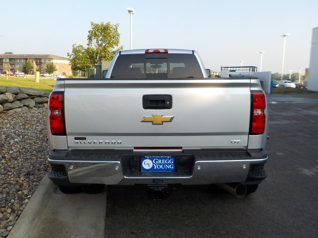 2019 Silverado 3500 Crew Cab 4x4,  Pickup #D5041 - photo 4