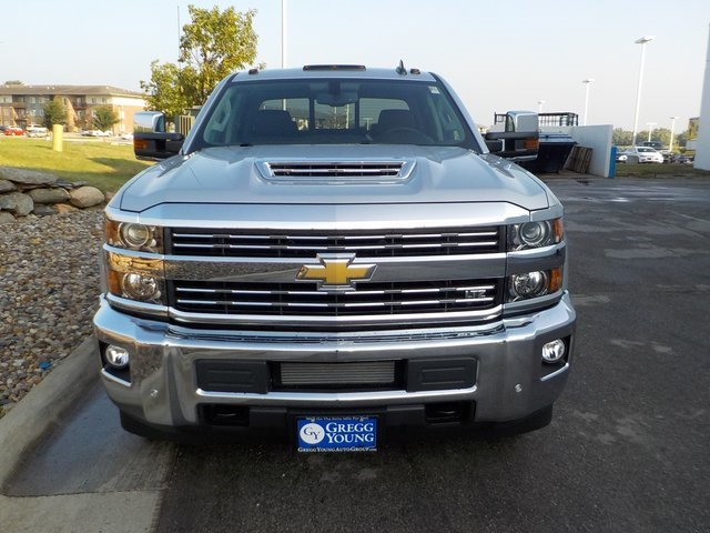 2019 Silverado 3500 Crew Cab 4x4,  Pickup #D5041 - photo 8