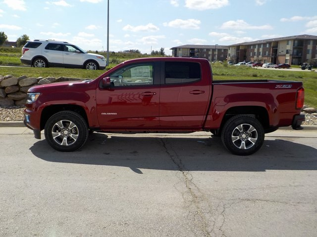 2019 Colorado Crew Cab 4x4,  Pickup #D5158 - photo 6