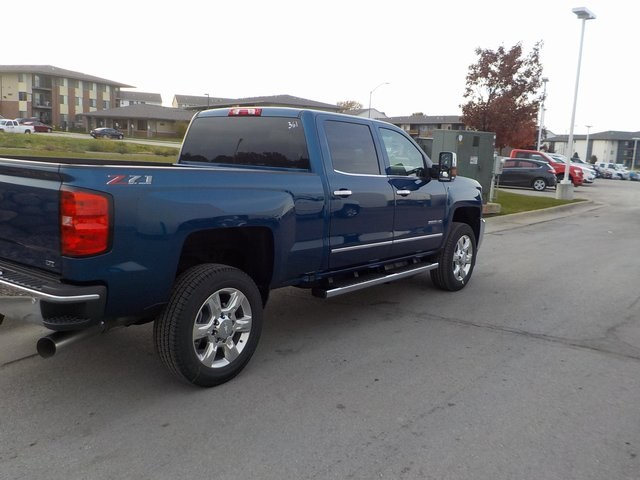 2019 Silverado 2500 Crew Cab 4x4,  Pickup #D5223 - photo 2