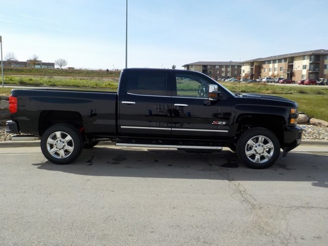 2019 Silverado 2500 Crew Cab 4x4,  Pickup #D5285 - photo 3