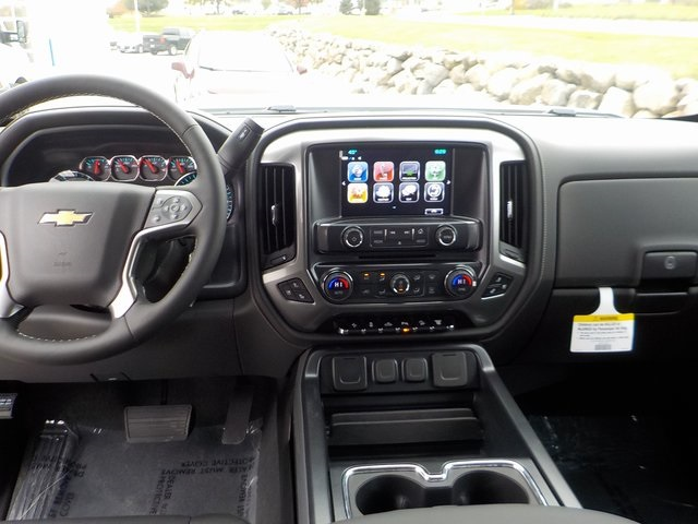 2019 Silverado 2500 Crew Cab 4x4,  Pickup #D5286 - photo 22