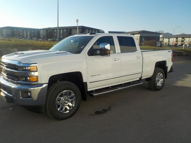 2019 Silverado 3500 Crew Cab 4x4,  Pickup #D5332 - photo 5