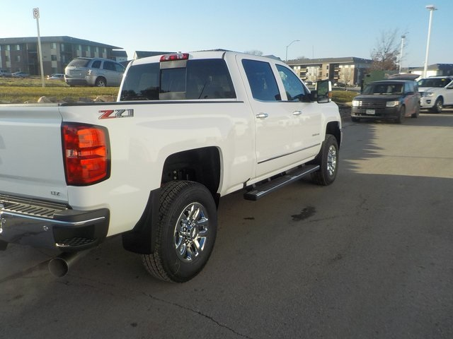2019 Silverado 3500 Crew Cab 4x4,  Pickup #D5332 - photo 2