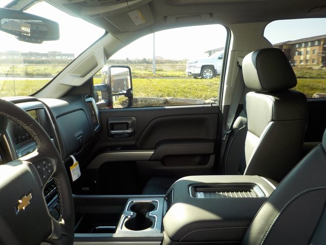 2019 Silverado 3500 Crew Cab 4x4,  Pickup #D5335 - photo 15