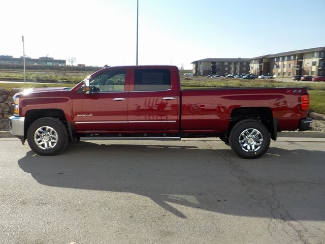 2019 Silverado 3500 Crew Cab 4x4,  Pickup #D5335 - photo 6