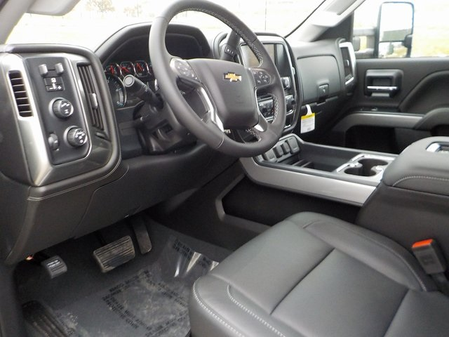 2019 Silverado 3500 Crew Cab 4x4,  Pickup #D5409 - photo 16