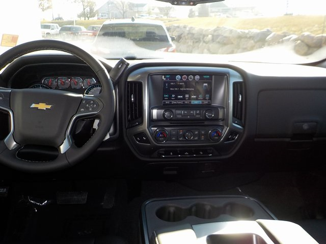 2018 Silverado 1500 Crew Cab 4x4,  Pickup #D5417 - photo 20