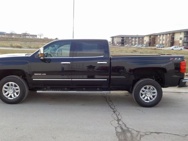 2019 Silverado 3500 Crew Cab 4x4,  Pickup #D5460 - photo 10