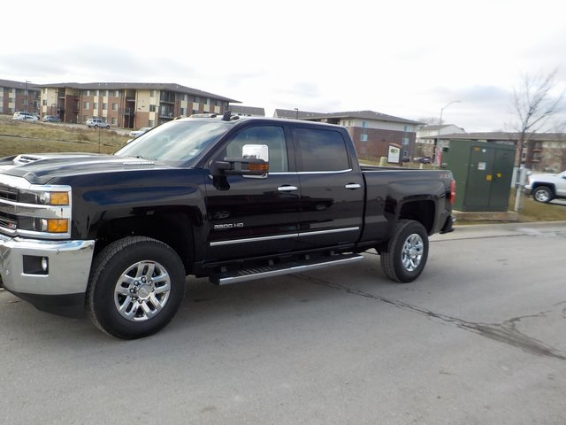 2019 Silverado 3500 Crew Cab 4x4,  Pickup #D5460 - photo 11