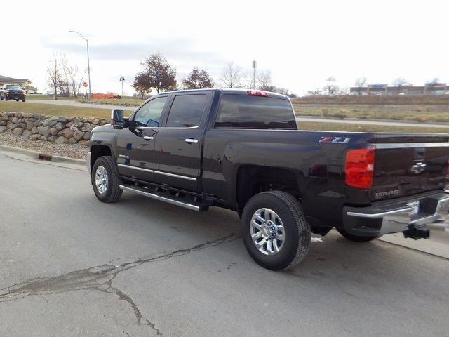 2019 Silverado 3500 Crew Cab 4x4,  Pickup #D5460 - photo 9