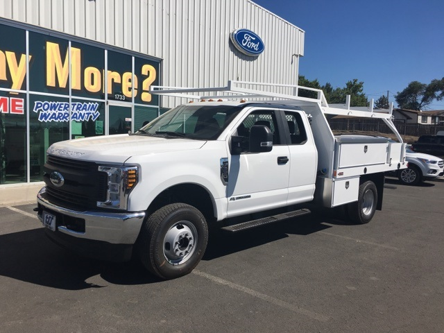 2018 F-350 Super Cab DRW 4x4,  Harbor Contractor Body #F71846 - photo 3