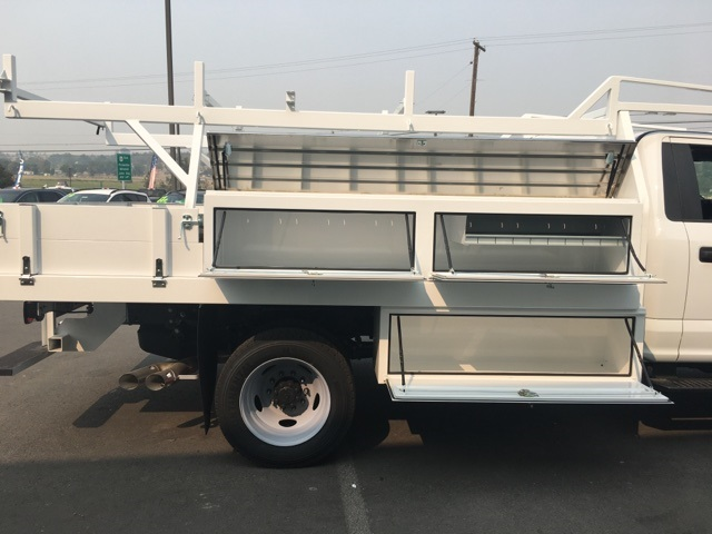 2018 F-550 Regular Cab DRW 4x4,  Harbor Contractor Body #F71882 - photo 9