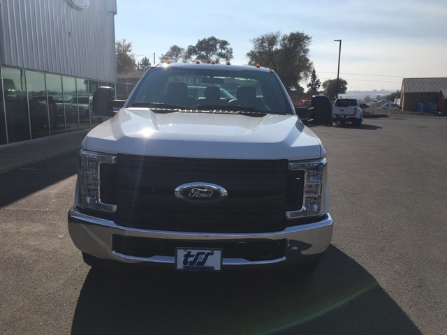 2019 F-350 Regular Cab DRW 4x2,  Cab Chassis #F71886 - photo 3