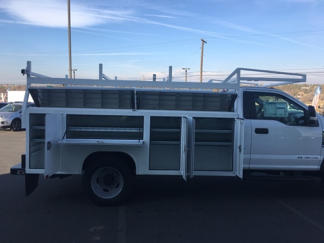 2018 F-550 Regular Cab DRW 4x4,  Harbor Service Body #F71956 - photo 12