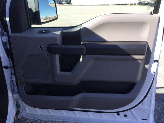 2019 F-150 SuperCrew Cab 4x2,  Pickup #A07161 - photo 32
