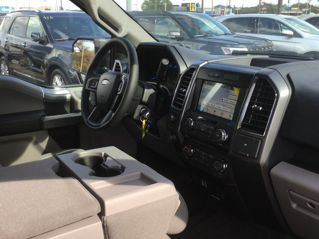 2017 F-150 SuperCrew Cab 4x4,  Pickup #C11657 - photo 10