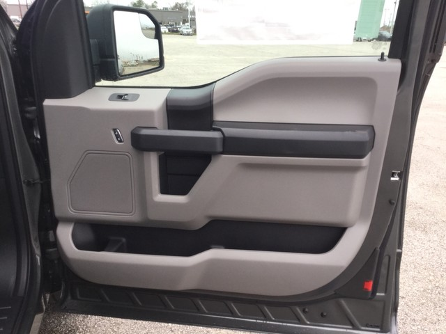2019 F-150 Super Cab 4x2,  Pickup #C27545 - photo 31