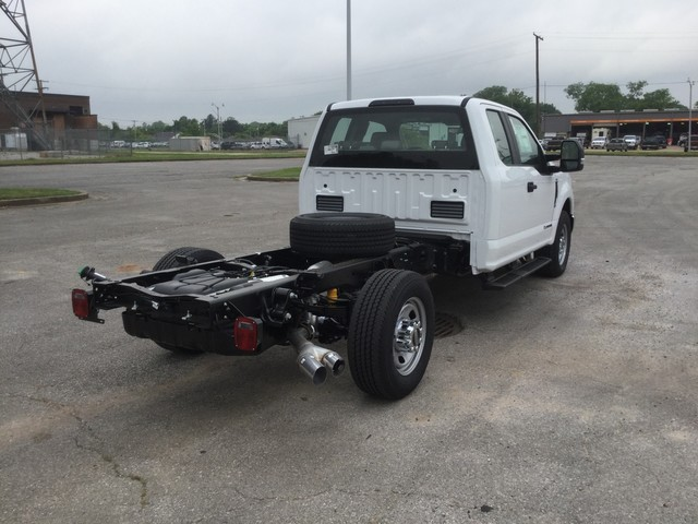 2018 F-350 Super Cab 4x2,  Cab Chassis #C36274 - photo 2