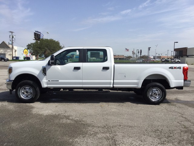 2019 F-250 Crew Cab 4x4,  Pickup #C41732 - photo 5