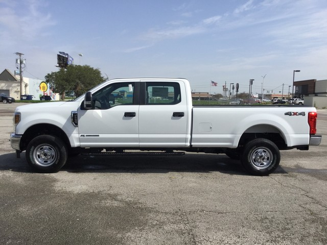 2019 F-250 Crew Cab 4x4,  Pickup #C41736 - photo 5