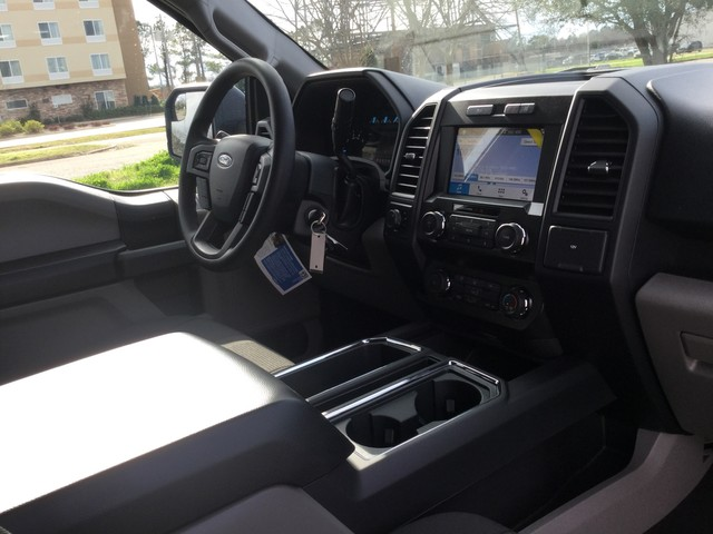2019 F-150 SuperCrew Cab 4x4,  Pickup #C46188 - photo 35