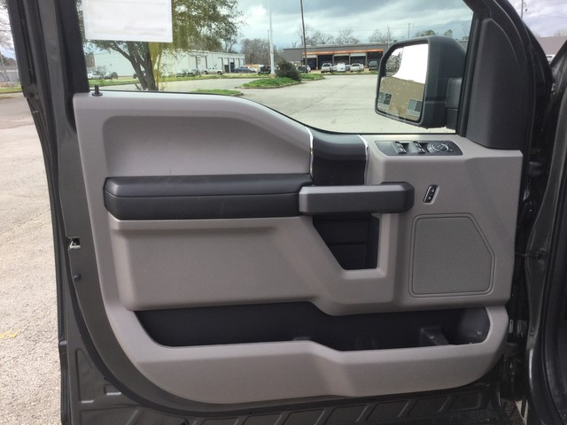 2019 F-150 SuperCrew Cab 4x4,  Pickup #C46190 - photo 11