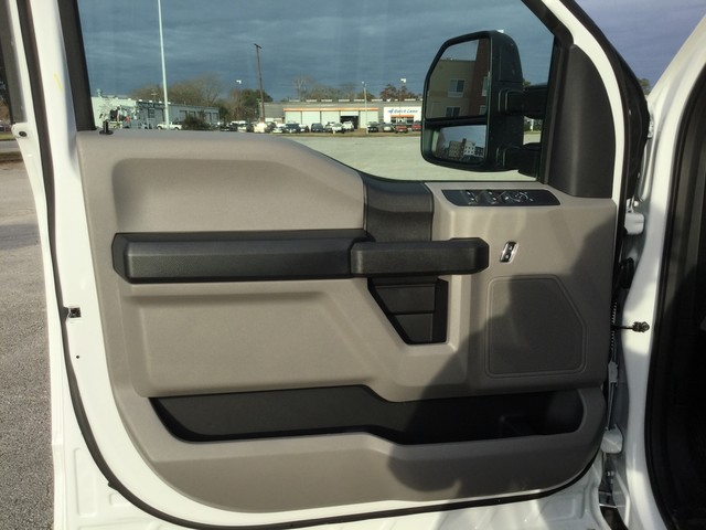 2019 F-350 Crew Cab DRW 4x4,  CM Truck Beds Platform Body #C55664 - photo 10