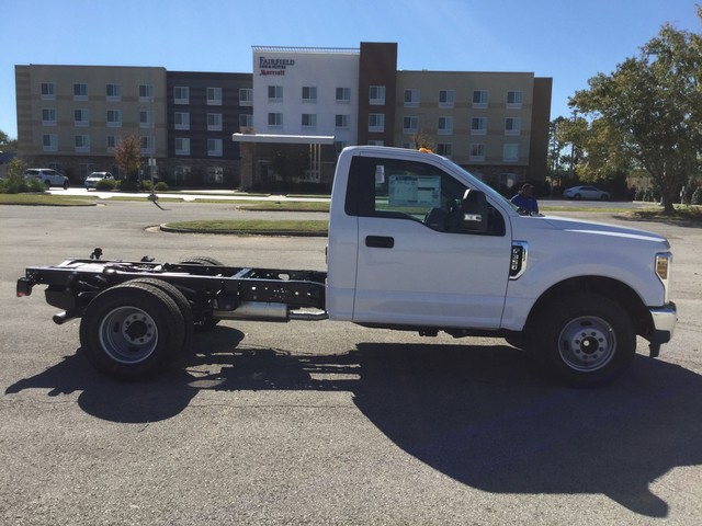 2019 F-350 Regular Cab DRW 4x2,  Cab Chassis #D02145 - photo 3