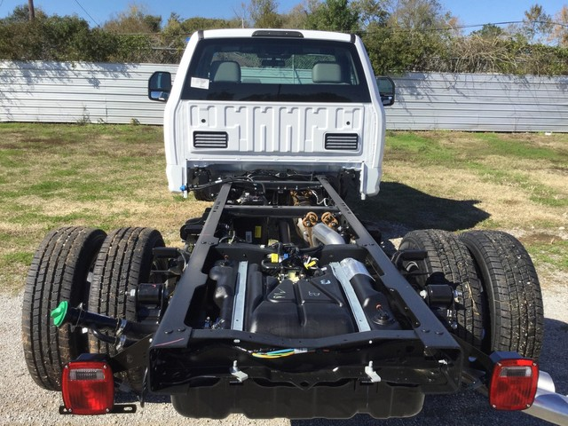 2019 F-350 Regular Cab DRW 4x2,  Cab Chassis #D02146 - photo 8