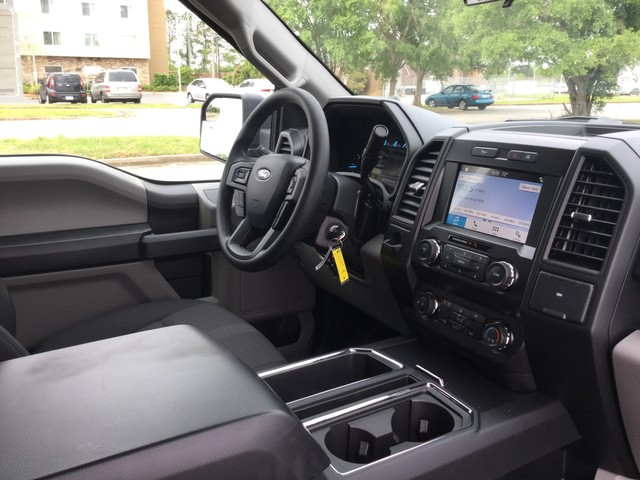 2019 F-150 SuperCrew Cab 4x2,  Pickup #D22407 - photo 33