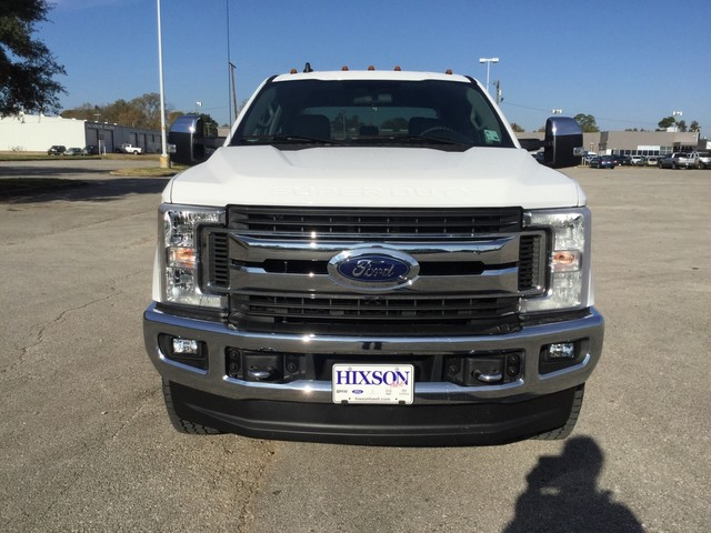 2019 F-250 Crew Cab 4x4,  Pickup #D22716 - photo 3