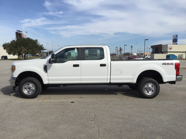 2019 F-250 Crew Cab 4x4,  Pickup #D22722 - photo 5