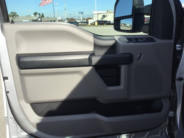 2019 F-250 Crew Cab 4x4,  Pickup #D22723 - photo 11