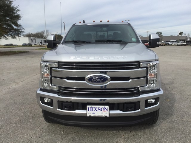 2019 F-250 Crew Cab 4x4,  Pickup #D34905 - photo 3