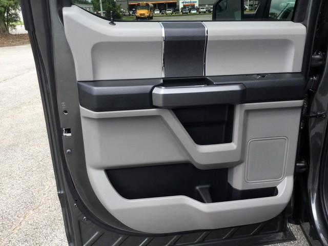 2019 F-150 SuperCrew Cab 4x4,  Pickup #D42514 - photo 24