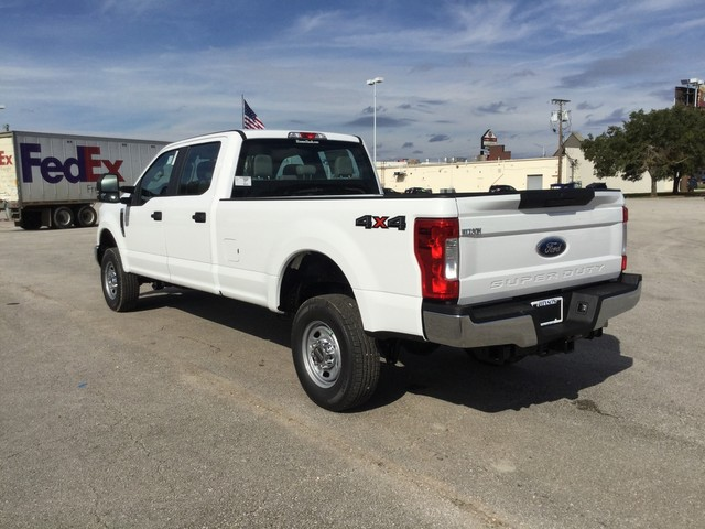 2019 F-250 Crew Cab 4x4,  Pickup #D60652 - photo 6