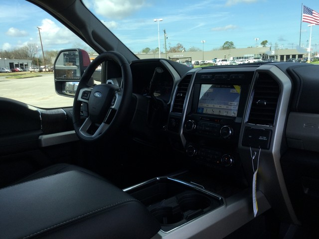 2019 F-250 Crew Cab 4x4,  Pickup #D79790 - photo 38