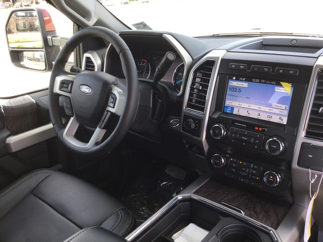 2019 F-250 Crew Cab 4x4,  Pickup #D79790 - photo 39