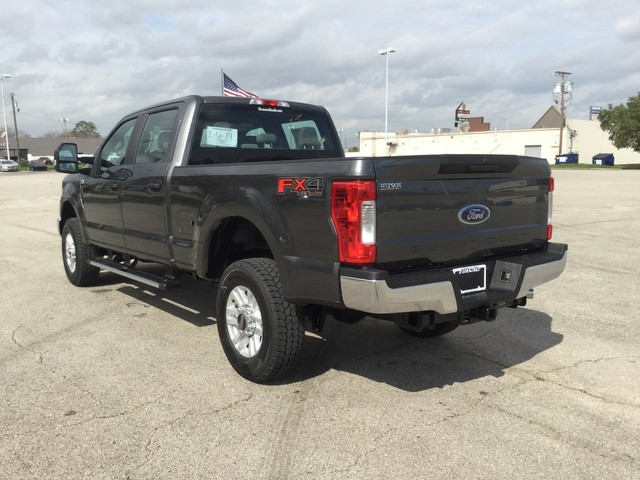 2019 F-250 Crew Cab 4x4,  Pickup #D90609 - photo 6