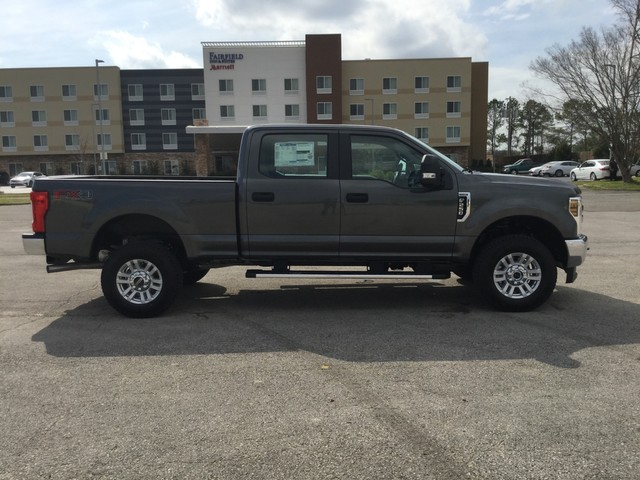 2019 F-250 Crew Cab 4x4,  Pickup #D90609 - photo 8