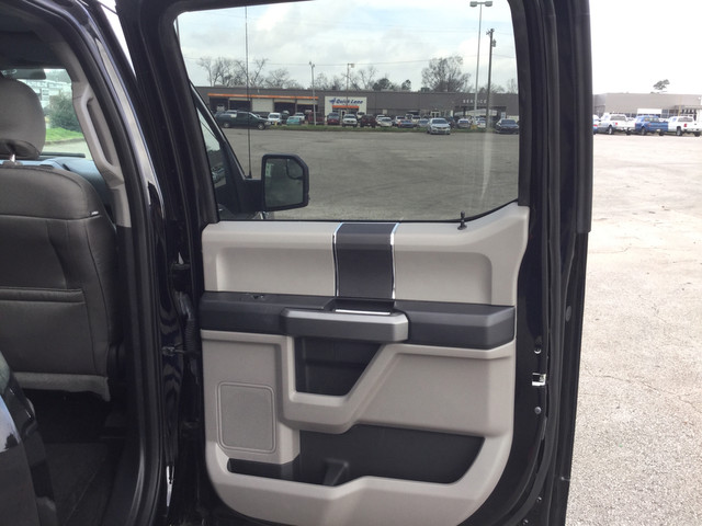 2016 F-150 SuperCrew Cab 4x2,  Pickup #E28429 - photo 33