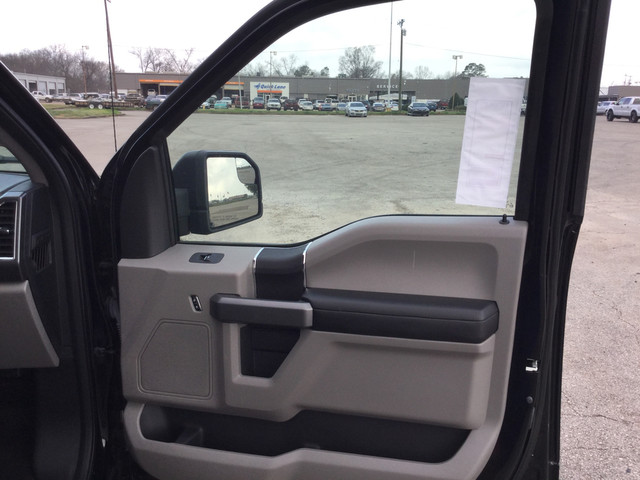 2016 F-150 SuperCrew Cab 4x2,  Pickup #E28429 - photo 35
