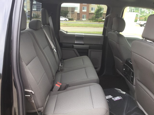 2018 F-150 SuperCrew Cab 4x2,  Pickup #E38840 - photo 30