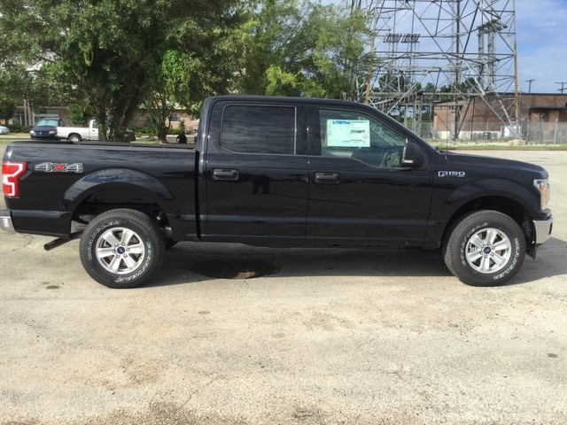 2018 F-150 SuperCrew Cab 4x4,  Pickup #E55584 - photo 8