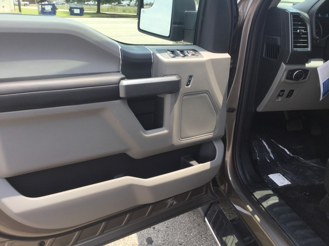 2018 F-150 SuperCrew Cab 4x4,  Pickup #E69004 - photo 16