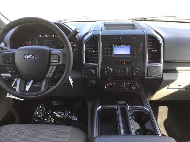 2018 F-150 SuperCrew Cab 4x4,  Pickup #E69009 - photo 26